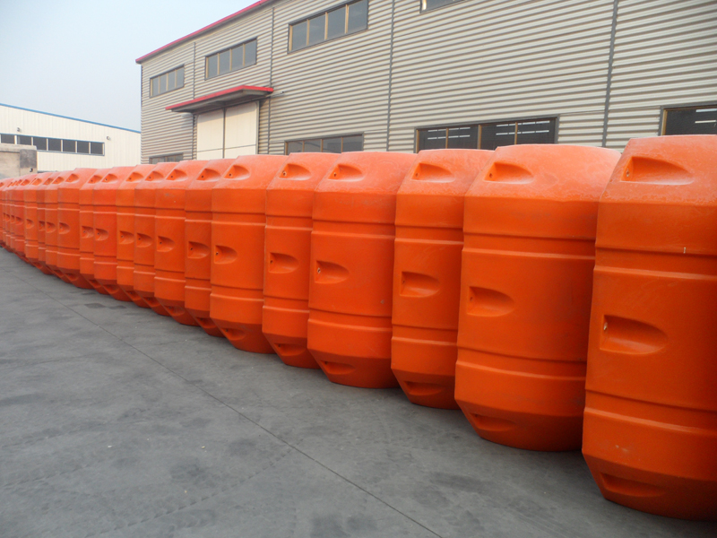 PE FLOATER AND HDPE PIPE